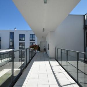balustrada w stylu nowoczesnym
