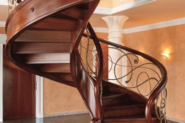 MB_46 Balustrada kuta, wykonawca schodów firma Trąbczyński